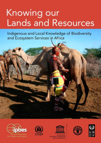 "Connaissances indigènes et locales. ""Knowing our Lands and Resources Indigenous and Local Knowledge..."" (fichier : ""...of_Biodiversity_and_Ecosystem_Services_in_Africa.pdf"") - licence CC-BY-SA 3.0 (https://creativecommons.org/licenses/by-sa/3.0//deed.fr) UNESCO, 2017"