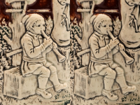 "Pipeau : joueurs de pipeau sur une chope en faïence. (fichier Wikimedia Commons : ""Faience_beer_stein_with_ball_scene_on_brown_background_37"") - licence CC-BY-SA 3.0 (https://creativecommons.org/licenses/by-sa/3.0/) Coyau, 2012"